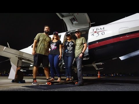 Flight VLOG - Stormy Night Flight / Aviation Life