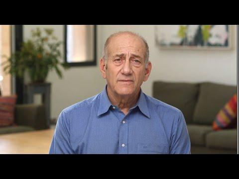 Former Israeli Prime Minister Ehud Olmert makes statement before starting prison term