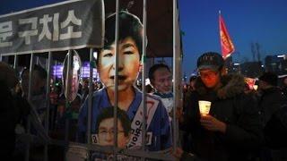 رئيسة كوريا الجنوبية المقالة تعتذر من الشعب