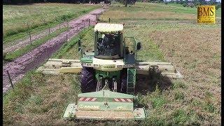 Gras mähen mit KRONE Big M vom Lohnunternehmen Richter GbR - cutting grass - hay for horses