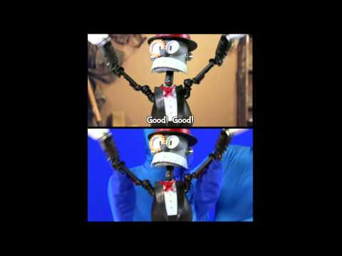 Split Screen of Loren The Robot Butler: Teach Me How To Dougie!
