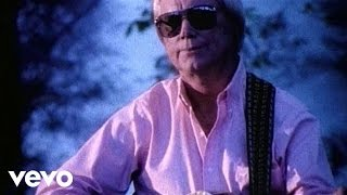 Watch George Jones Walls Can Fall video
