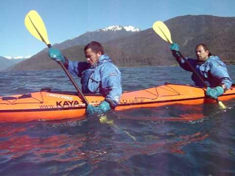 Kayak en Lago Puelo, Chubut, Patagonia Argentina, 2010