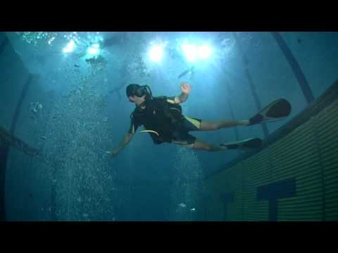 Immersione in piscina casc sub e apnea youtube - Piscina di venaria ...