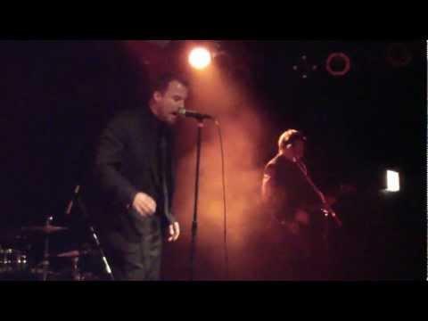 "Stuttgart 2012-12-5 ""Trumped Up Buttercup"".avi von YouTube · Dauer:  3 Minuten 2 Sekunden"