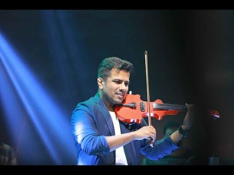 ആയിരം കണ്ണുമായ്... | Awesome performance  by Violin wizard Balabhaskar