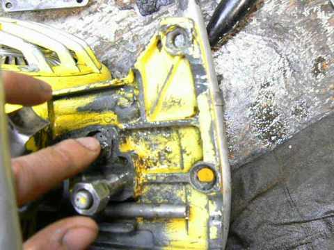 Fixing A Mcculloch Super 44a Manual Oiler Youtube