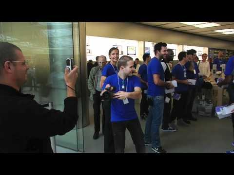 Ouverture de l'Apple Store du Carré Sénart à Lieusaint (77) le 27 Août 2011