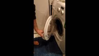 Kilitli Çamaşır makinasının kapağını nasıl açabilirim