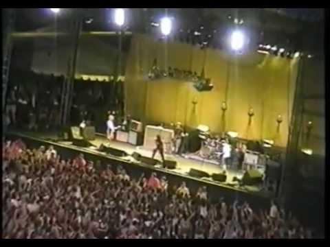 Pearl Jam - 1998-07-22 Memorial Stadium, Seattle 2