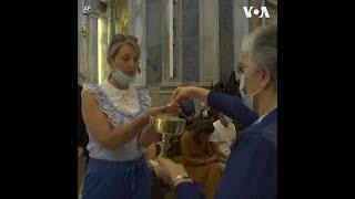 疫情趋缓 葡萄牙天主教徒首次回归教堂