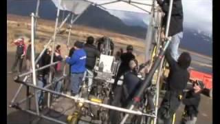 Роберт и Кристен  съемки грязной сцены с мотоциклами