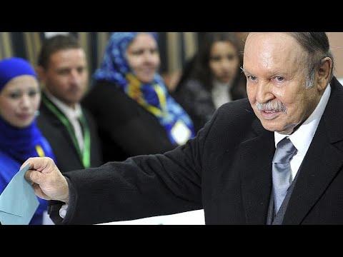 الموت يغيب الرئيس الجزائري السابق عبد العزيز بوتفليقة  - نشر قبل 57 دقيقة