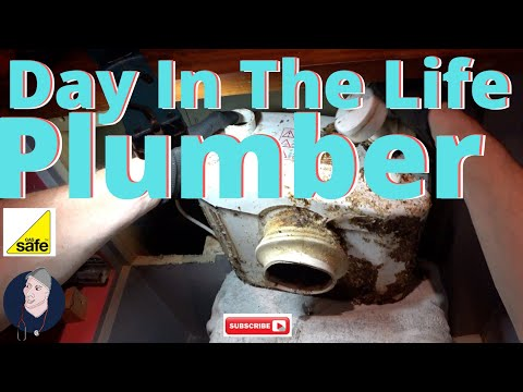 Day In the life of a Plumber 25, Dr Pipe, Filthy Friday Special, Bogs & Leaks and Filthmongering