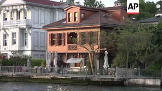 Video Turkish luxury property booming on the Bosphorus download MP3, 3GP, MP4, WEBM, AVI, FLV November 2018