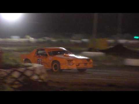 Gary Pescador #01 Heat 1 4/1/17 Paradise Speedway Maui