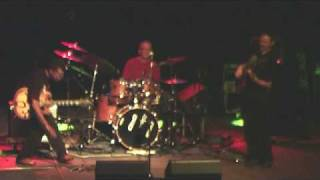 Tomek Grabowy -solo basu (Mike Russel Band )