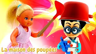 Le rêve d'Evi. Les Pyjamasques. Vidéo en français pour enfants avec les poupées.
