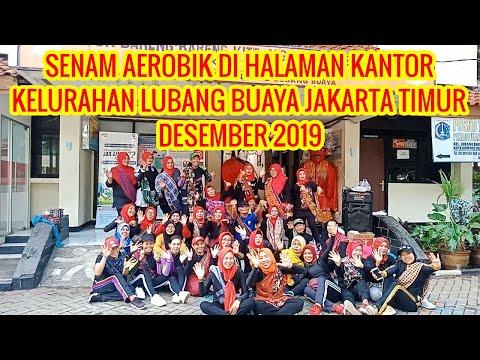 senam-aerobik-di-halaman-kantor-kelurahan-lubang-buaya-jakarta-timur-desember-2019