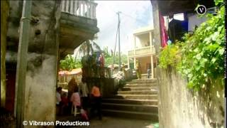 COMORES Ville, Campagne & Rivages