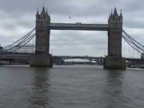 TOURIST  = London River Thames Westminster Tower Bridge    take one