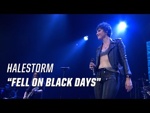 Halestorm Honor Chris Cornell With Soundgarden's 'Fell on Black Days' - 2017 Loudwire Music Awards