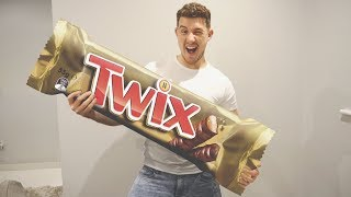 I Made the Biggest Twix in the World & It Gave Me Diabetes (Worlds Biggest Challenge)