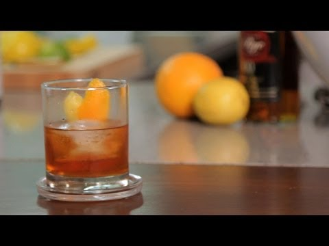 how-to-make-an-old-fashioned-|-cocktail-recipes