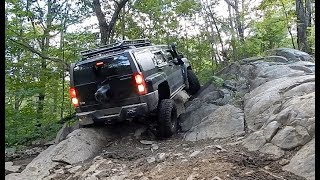 EXTREME 4x4 Off-Road ADVENTURES - Getting Centered on Rock and Recovering 4x4