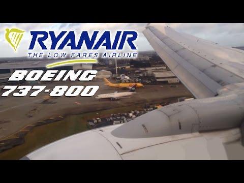 Ryanair Boeing 737 Landing in 70 km/h Winds at Dublin Airport