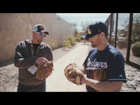 2017 Wilson Glove Day - Los Angeles Dodgers