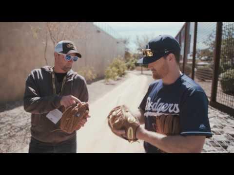 2017 Wilson Glove Day - Los Angeles Dodgers