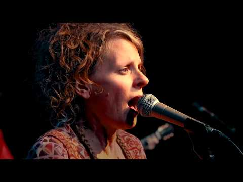 Hallelujah - Sultans Of String Featuring Rebecca Campbell