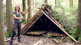 Building A Bushcraft Shelter in the Woods