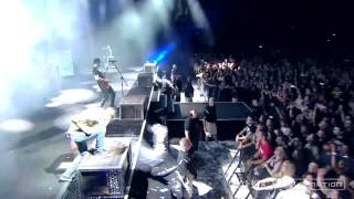 Linkin Park - Runaway/Wastelands (Camden, Carnivores Tour 2014) HD