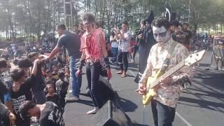 Download lagu Nyatus 666 - Wangsul Menyang Lemah [Live in Pemalang Super Crowd Music Id]