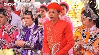 Toàn cảnh lễ giỗ tổ ở đền thờ tổ của Hoài Linh: Thoại Mỹ, Nam Thư trong đoàn rước kiệu