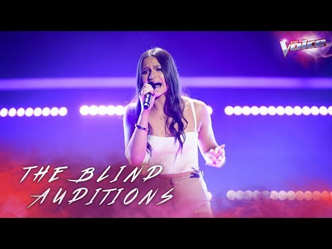 Blind Audition: Bella Paige sings Praying...
