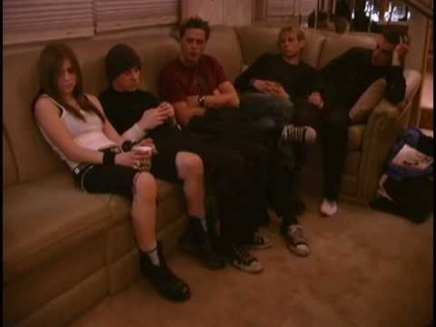 Avril Lavigne - Making of I'm With You (B Roll) 8/11/2002