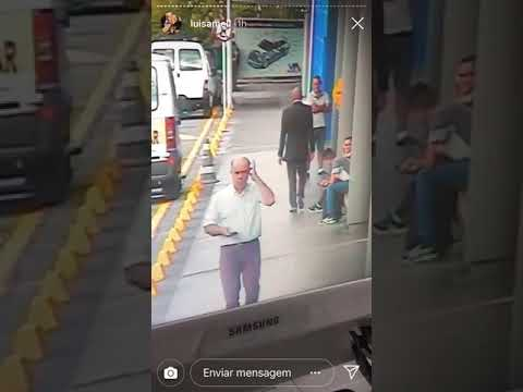Vídeo Do Momento Em Que Cão é Espancado No Carrefour é Divulgado