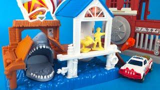 Matchbox Shark Pier Playset with fire inspector truck - Boys Car Toys with diecast cars