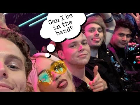 Celebrities talking about 5 Seconds of Summer (PT.2)