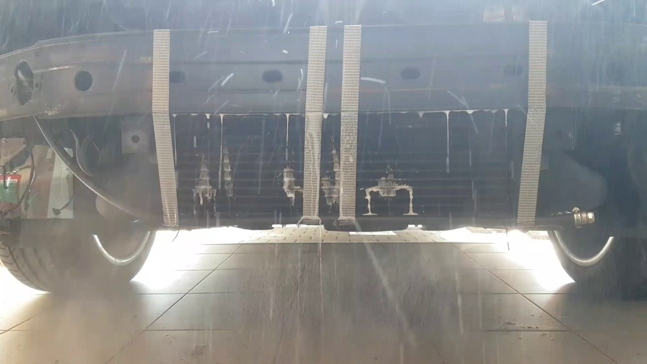 Bigger intercooler + spray test on my slk230 r170