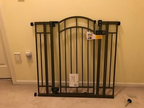Summer Infant Extra Tall Walk-Thru Baby Gate Blogger Review