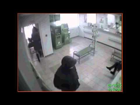 Полиция ведет розыск злоумышленника, совершившего ограбление отделения банка в Улан-Удэ