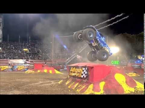 Blue Thunder Freestyle Monster Jam World Finals XIV