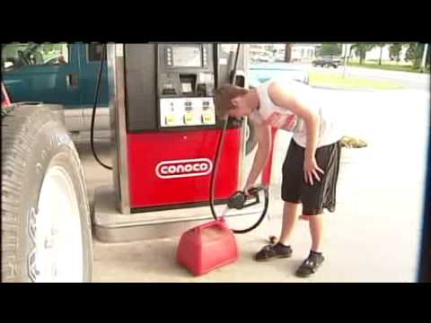 Cheap Gas Has People Flocking To Columbia, IL