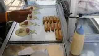 Food stall-kanom Tokyo(creap)-タイ風クレープ(カノムトウキョウ)
