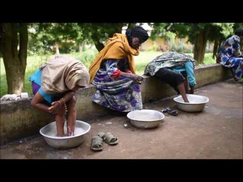 Madres que salvan madres cada día en Etiopía africa dr alegria etiopia gambo