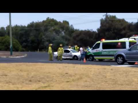 Car accident bussell highway opposite bws gelorup - YouTube